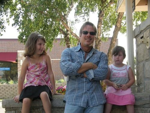 Phil Vassar with Kylie and Emily